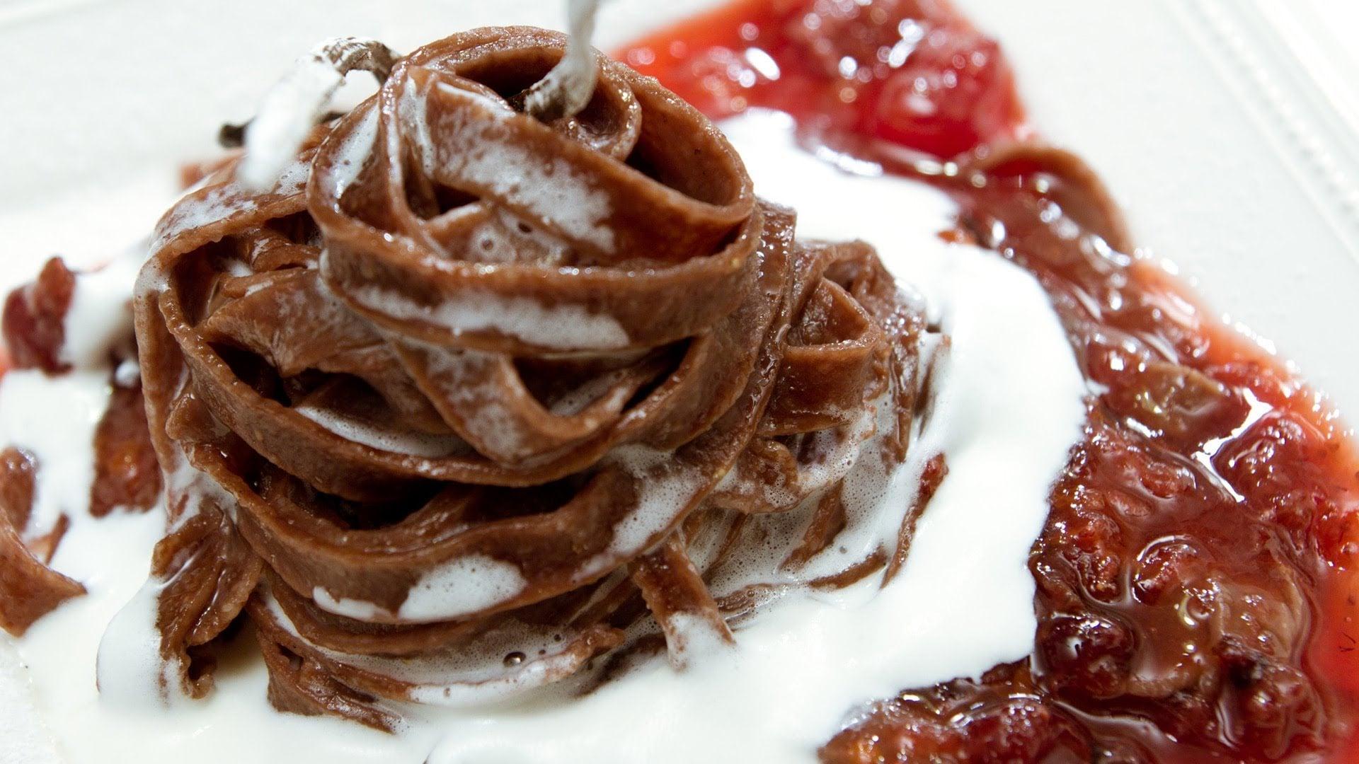 Homemade PASTA and sweet DESSERT! – Mirka van Gils