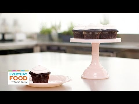 3 Chocolate Cupcakes Recipes with Surprise Fillings – Everyday Food with Sarah Carey