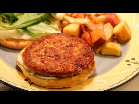 Canned Salmon Recipe — Salmon Burgers