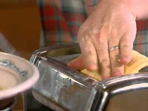 Homemade pasta – Jamie Oliver in Jamie At Home s02e06 Eggs