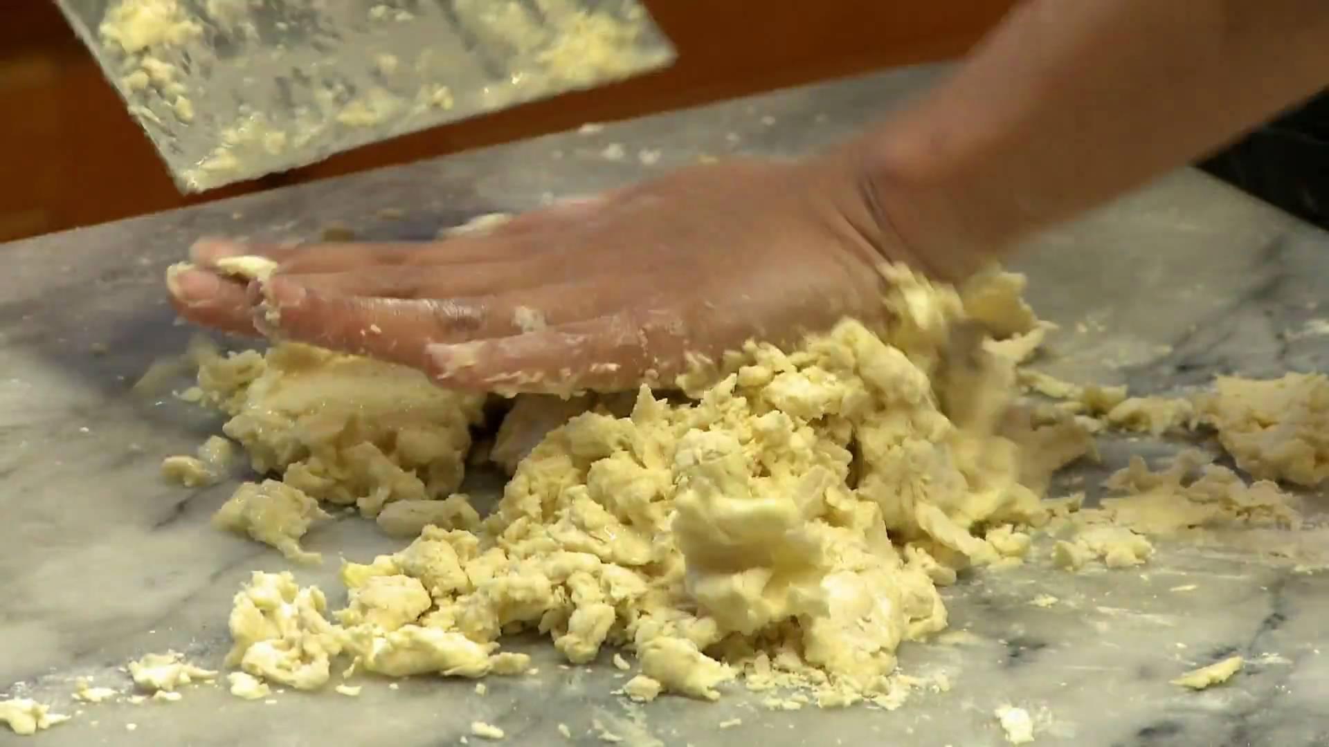 The Foodie Handbook: Making a Rustic Fruit Galette