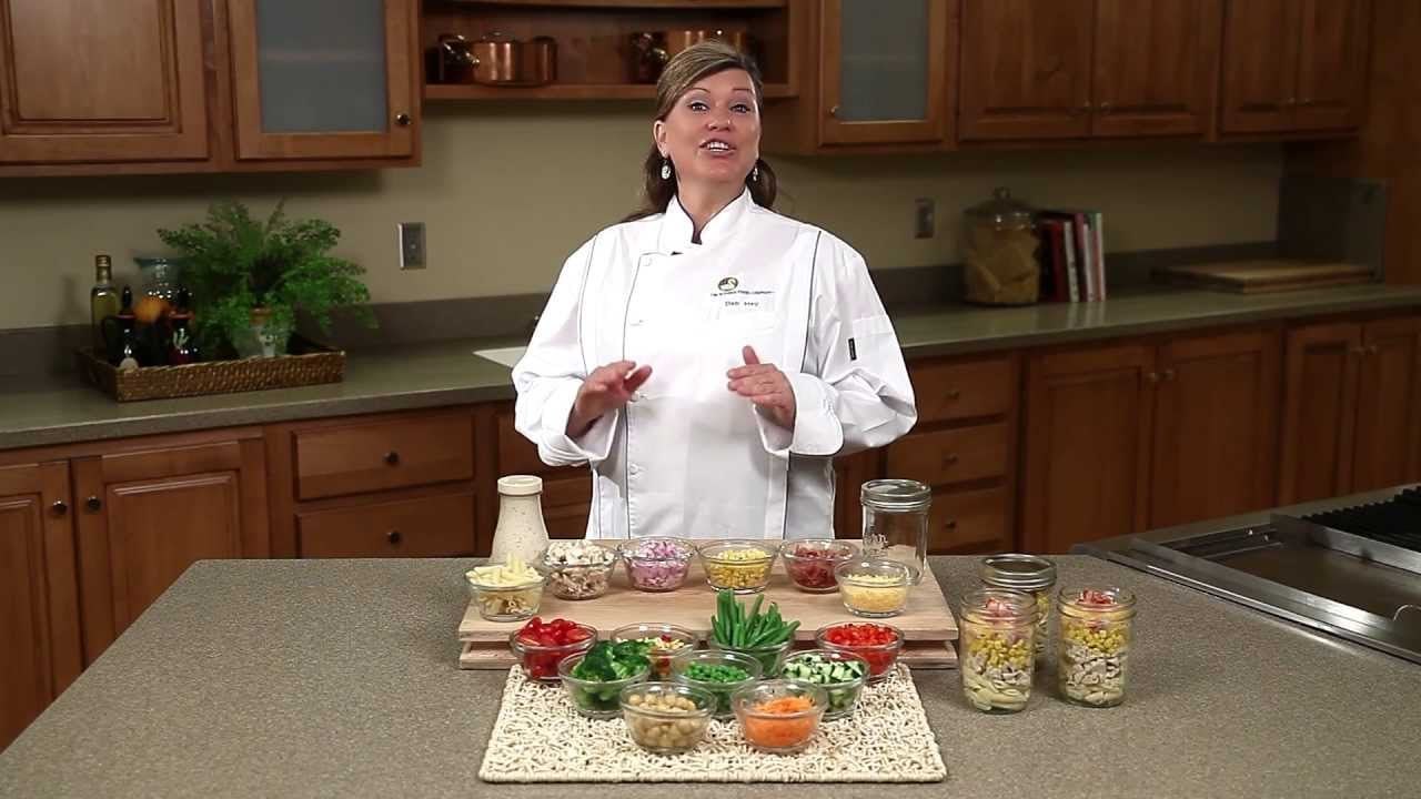 Chicken Pasta Salad in a Jar & Vegetable Side Dishes – Schwan's Picnic Recipes