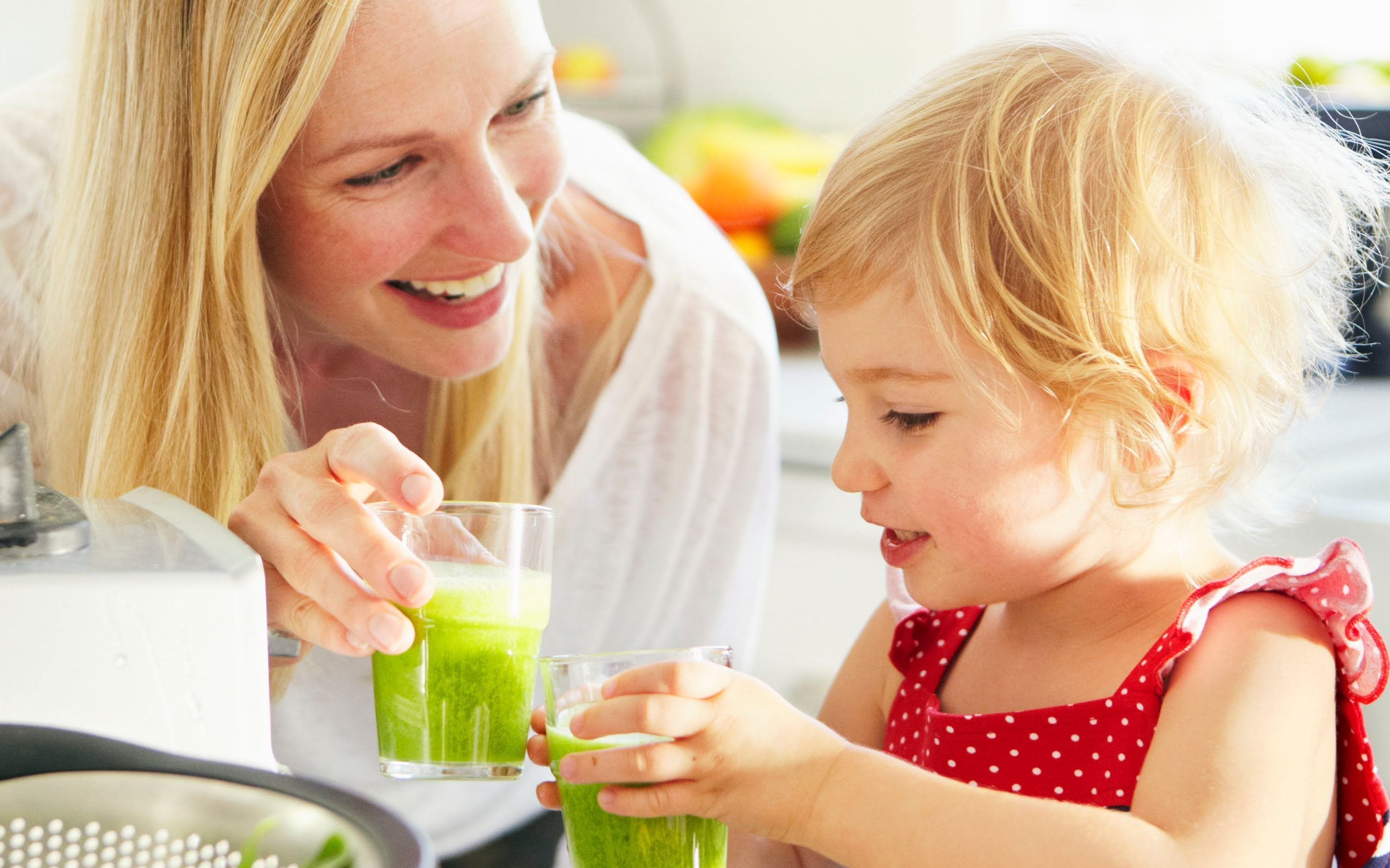 Healthy Smoothies Recipes: Spinach Banana Green Monster Smoothie – Weelicious
