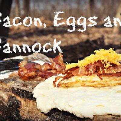 Bushcraft Breakfast- Bacon, Eggs and Bannock!