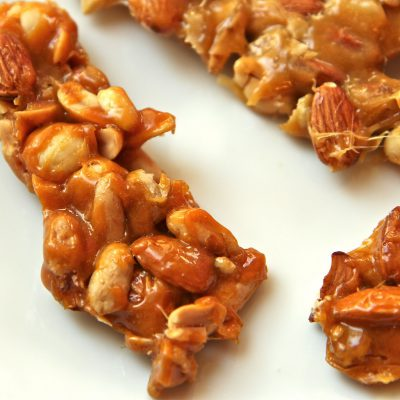 HEARTBREAKER Nut Brittle – Nut Brittle with No Corn Syrup