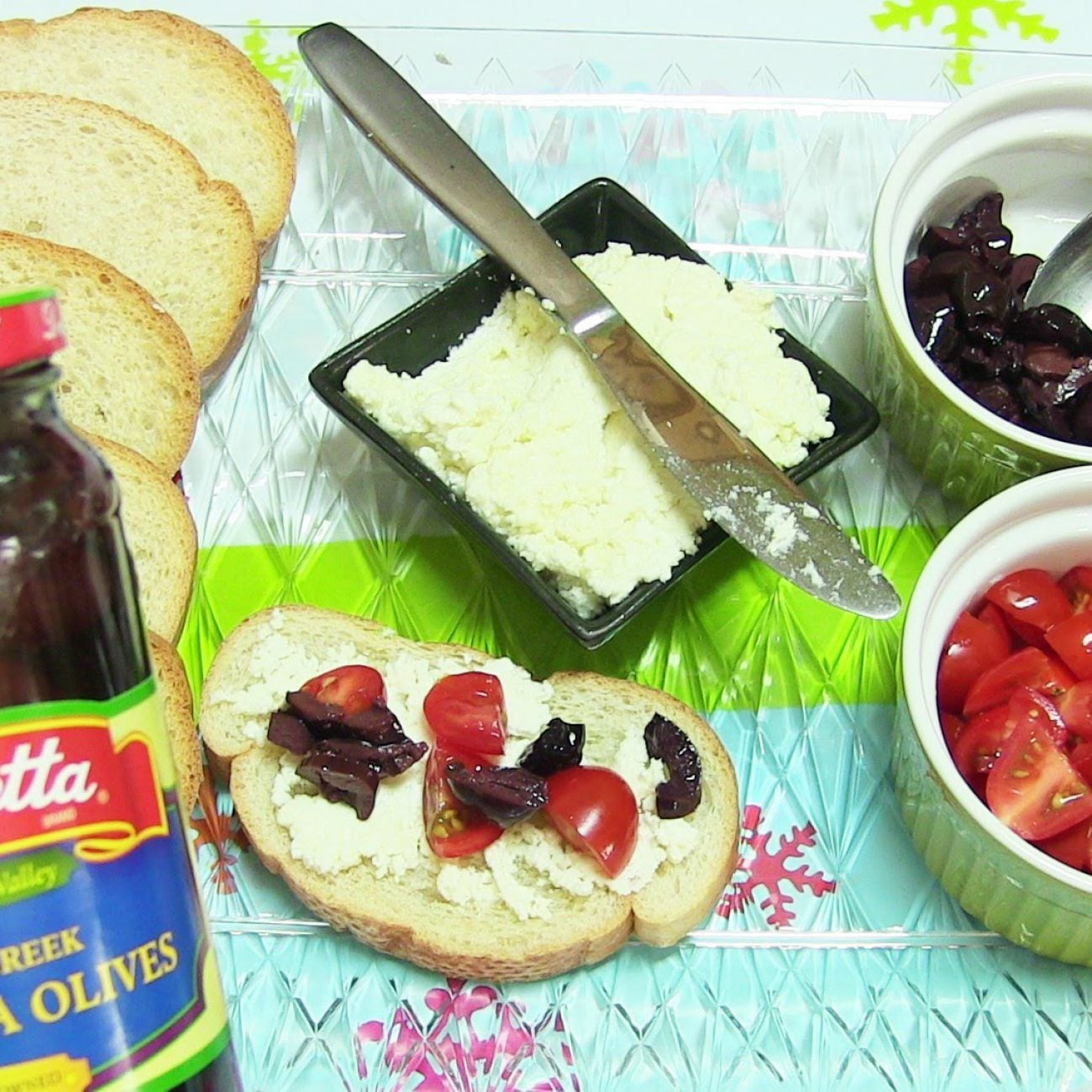 Holiday Giveaway No Cook Prep Party Platters with Mezzetta Appetizer Olives