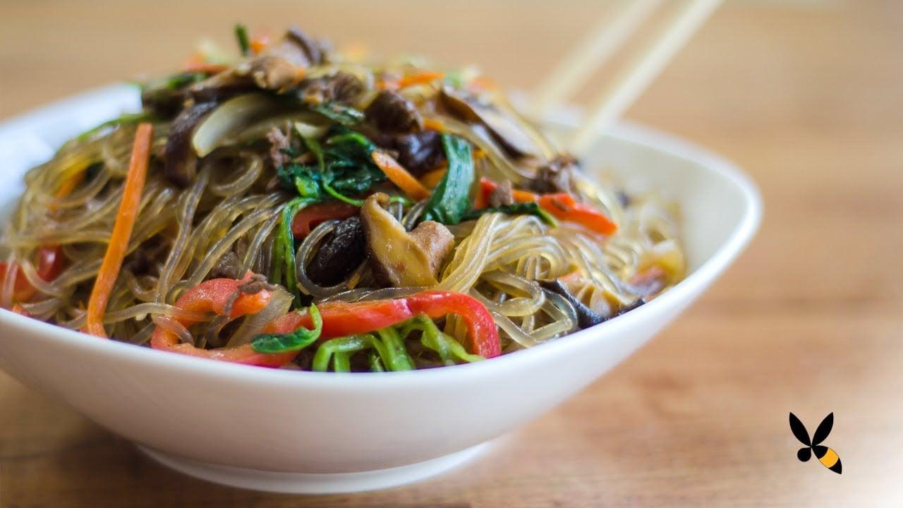 Korean JapChae Recipe (Glass Noodle 잡채 ...