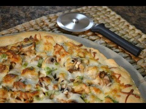 Chicken Alfredo Pizza Video Recipe   RadaCutlery.como
