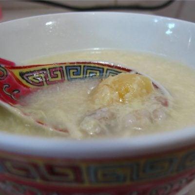 腐竹薏米白果糖水 Dried Beancurd and Ginkgo Nuts Dessert