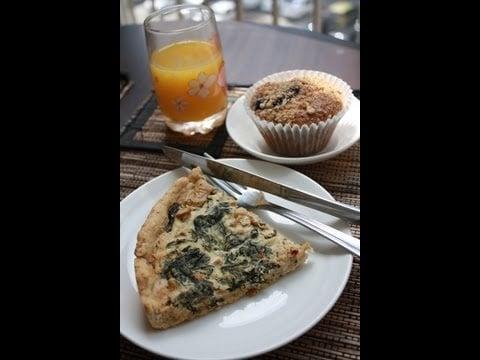 Veggie Brunch – Spinach Quiche & Blueberry Muffins
