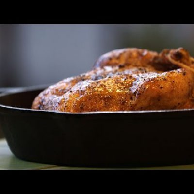 Quick and Easy Roast Chicken with Roasted Garlic