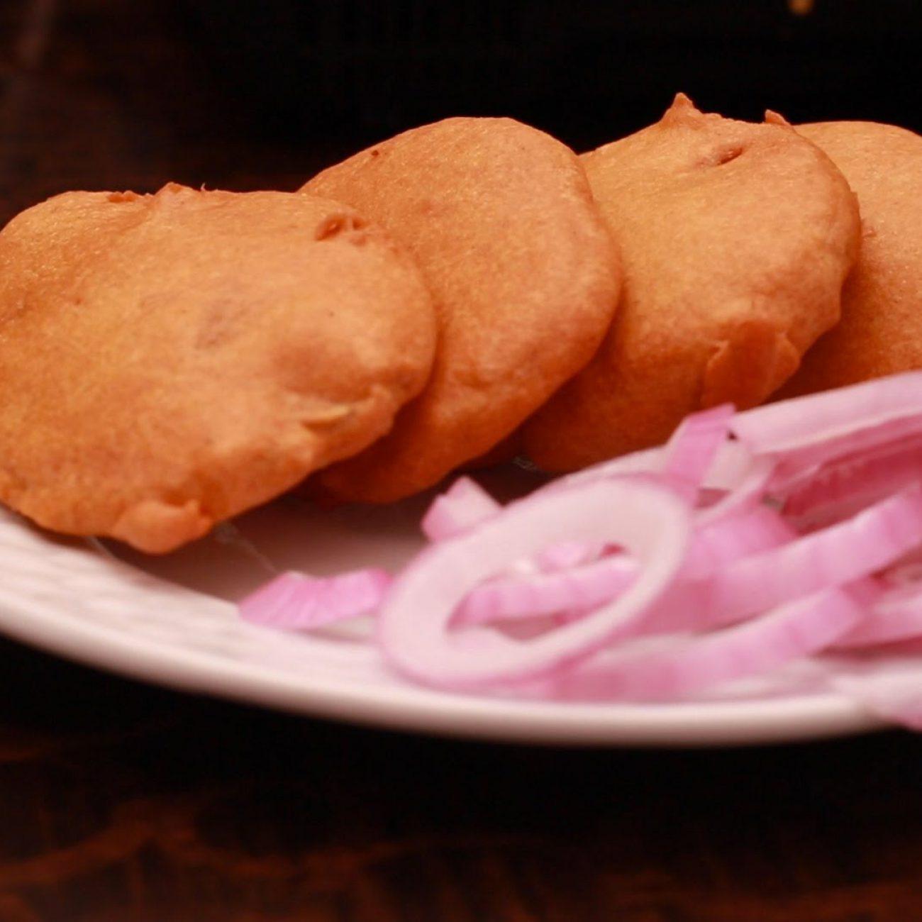 quick and easy snack aloo bajji | Indian Snacks Recipes | బంగాళదుంప బజ్జీ
