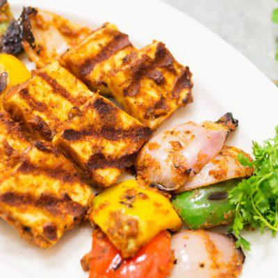 Tandoori Paneer Tikka in Tawa Recipe | Vegetarian Indian Starter Recipe